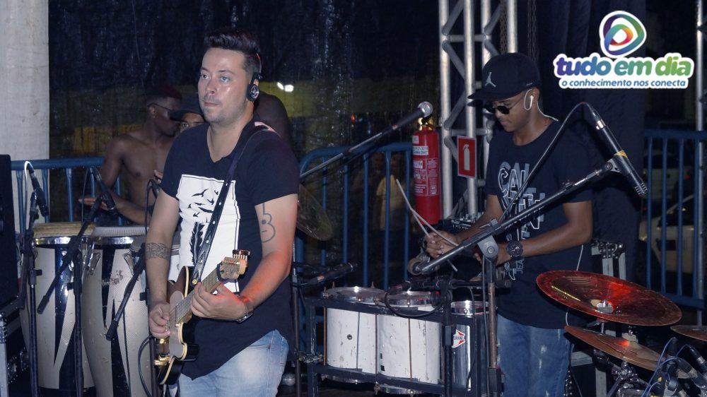 Banda K Entre Nós animou a primeira noite do Capim Folia (Foto: Paulo Braga/Tudo Em Dia)