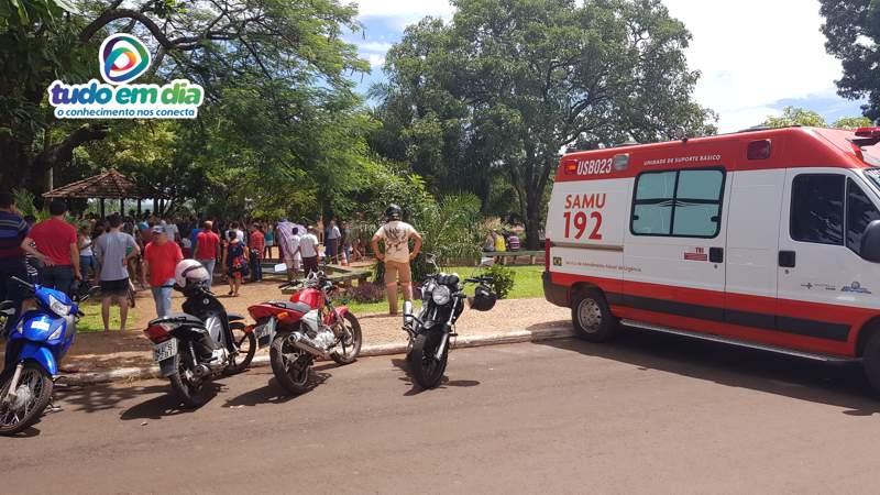 Jovem de 18 anos foi encontrado morto na Praça João Moreira de Souza (Foto: Paulo Braga/Tudo Em Dia)