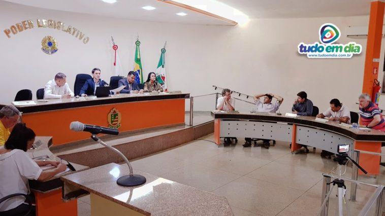 Sessão legislativa desta segunda-feira (22) de Abril (Foto: Paulo Braga)
