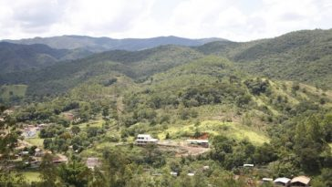 Comunidade de Socorro foi um das evacuadas após laudo não atestar segurança em barragem