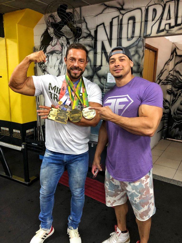 (Esq) Moacir Júnior e Felipe Franco