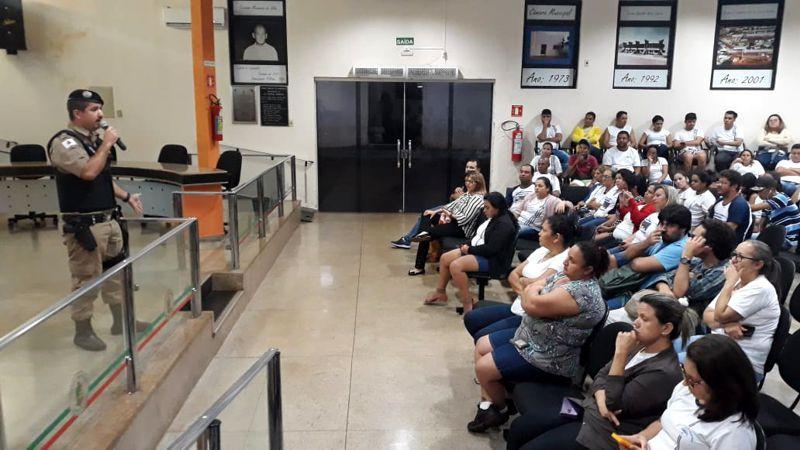 Allan Borges levou informações à sociedade na Câmara Municipal de Capinópolis