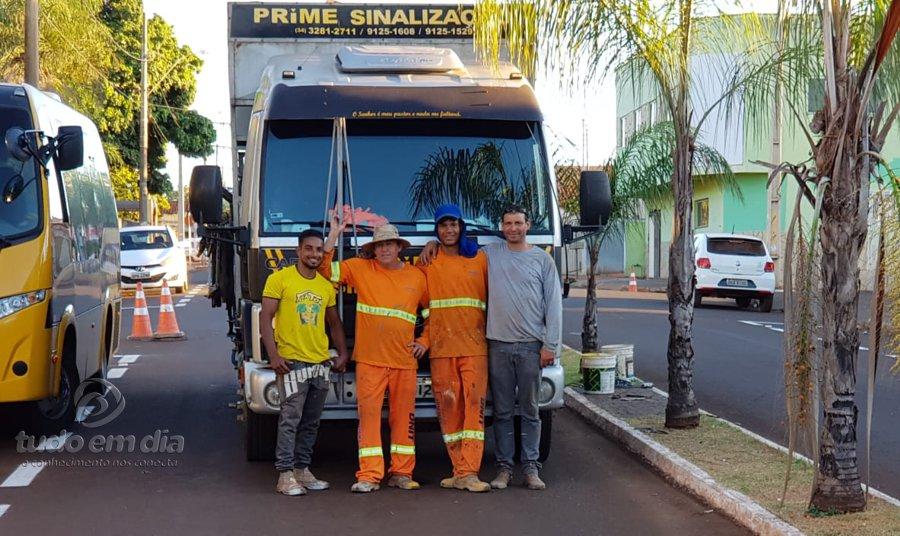 Equipe da empresa Prime Sinalização (Foto: Paulo Braga/Tudo Em Dia)