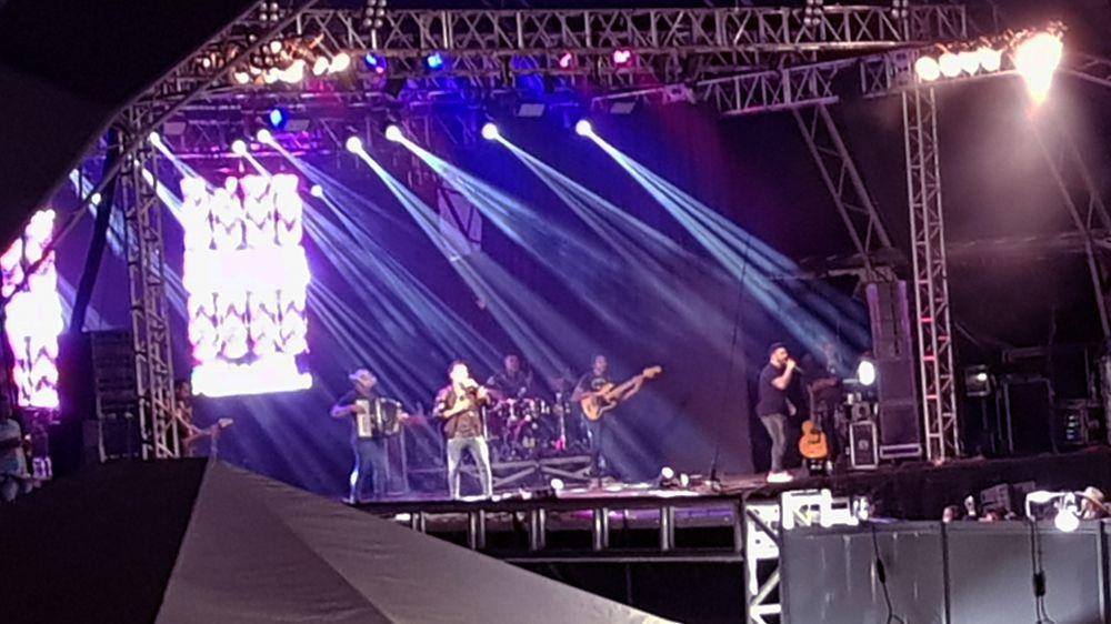 Fred & Gustavo no palco da 26ª Expocap (Foto: Tudo Em Dia)