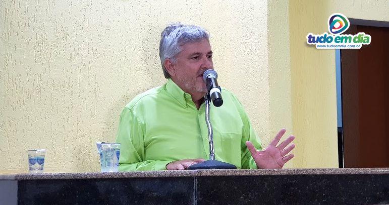 Vereador Bernaldo Evaristo Cabral durante sessão ordinária do Legislativo capinopolense (Foto: Paulo Braga/Arquivo Tudo Em Dia)