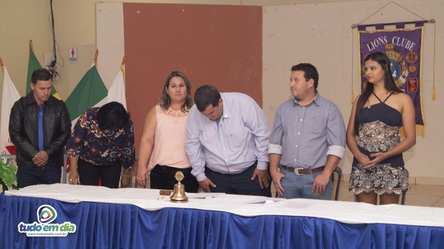 Nova diretoria do Lions Clube tomou posse em Capinópolis (Foto: Grabriel Braga/Daniel Braga)