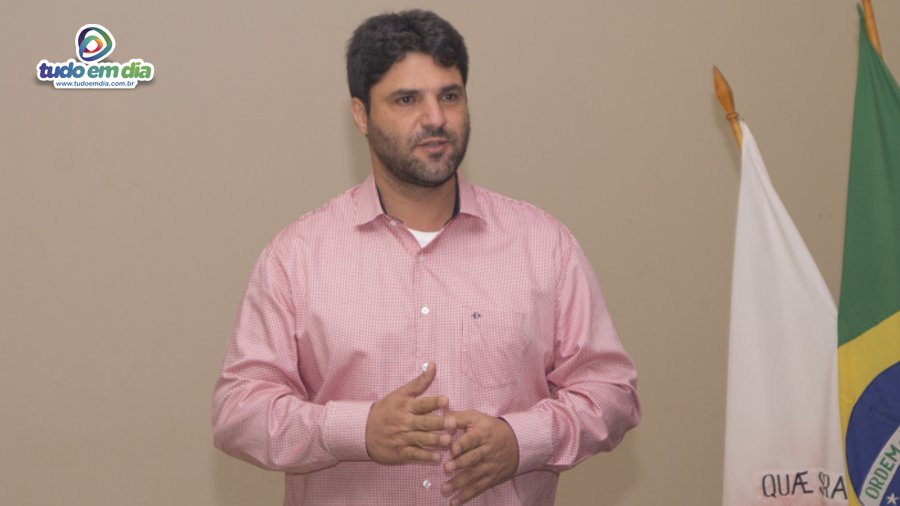 João Makhoul durante posse da nova diretoria do Lions Clube em Capinópolis (Foto: Grabriel Braga/Daniel Braga)