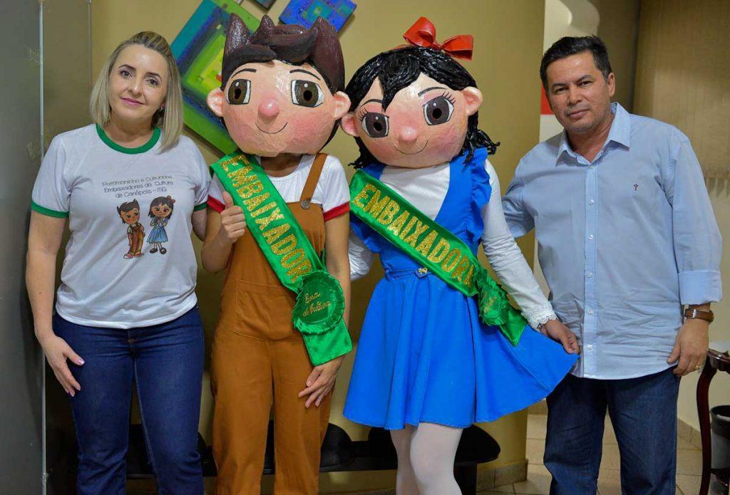 Alessandra Pidruca, Patrimoninho, Culturinha e José Fernandes de Morais (Foto: Divulgação/Casa de Cultura)