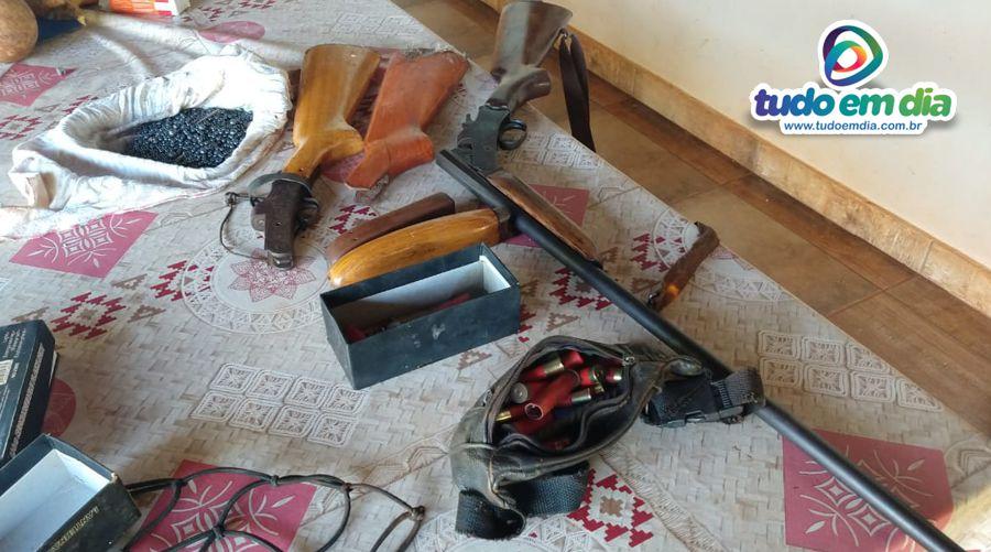 Materiais apreendidos na ação (Foto: PMMG)