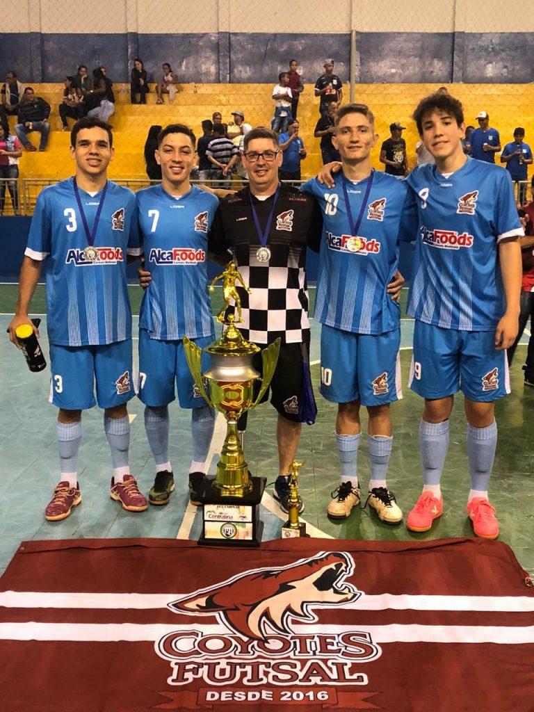 Time do Coyotes Futsal é consagrado no interior goiano como a elite do futsal (Foto: Reprodução)
