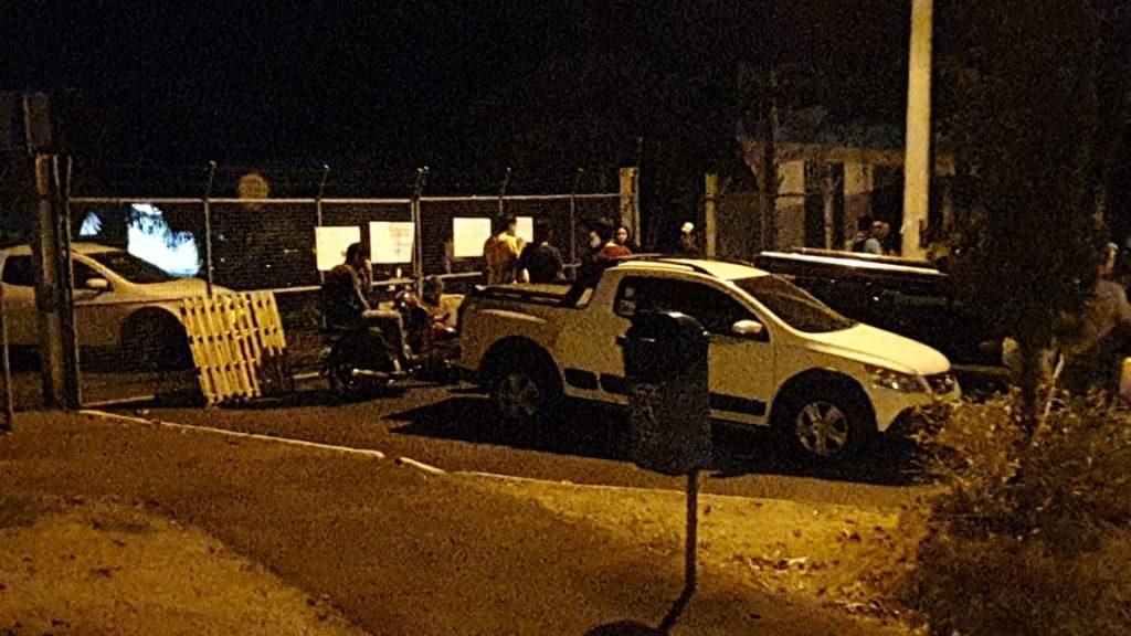 Portão principal da UEMG foi bloqueado pela ocupação