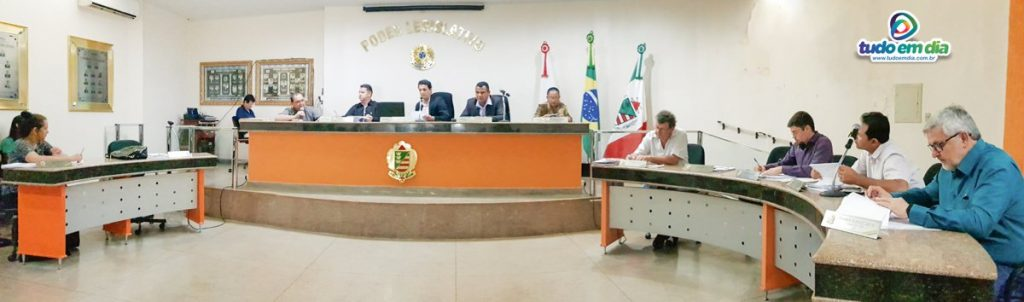 Com debates acalorados, reunião ordinária pautou assuntos de interesse público (Foto: Paulo Braga)