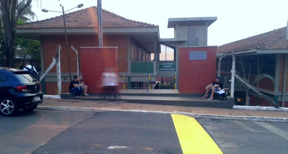 Votação para eleição dos Conselheiros Tutelares foi realizada na Escola Tancredo de Almeida Neves em Capinópolis