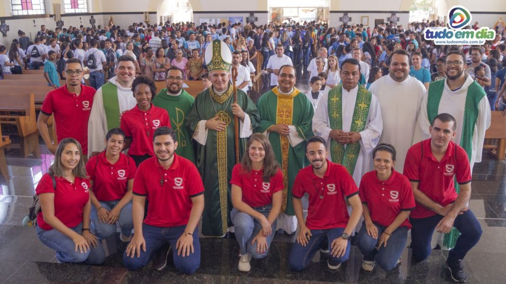 Religiosos e organizadores do DNJ (Foto: Paulo Braga / Tudo Em Dia)