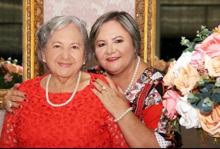 (Esq) Maria Genita e Iracilda Duarte (Foto: Arquivo pessoal)