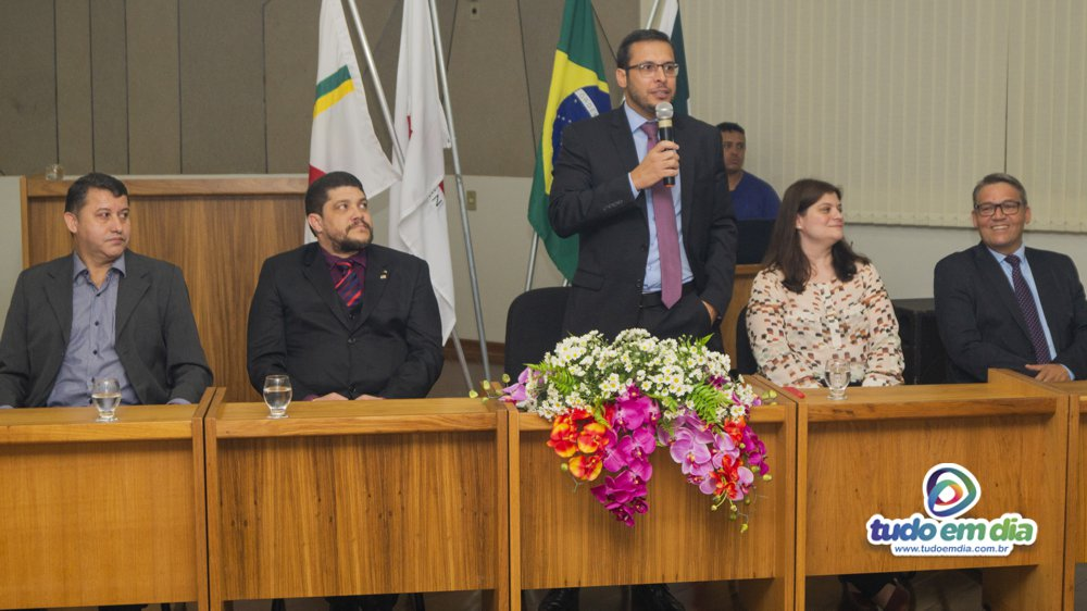 Dr. Thales Cazonato Corrêa durante discurso (Foto: Gabriel Kazuto/ Tudo Em Dia)