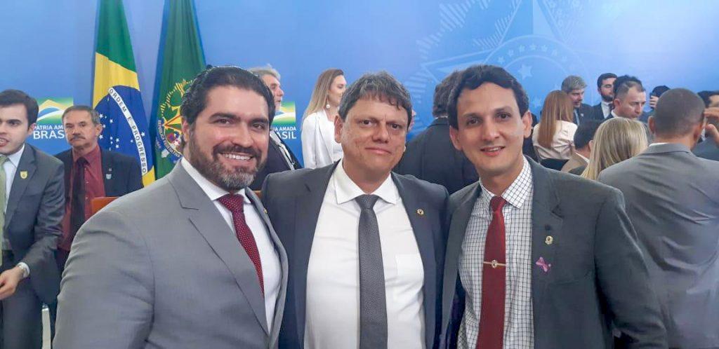 (Esq) Newton Cardoso Júnior, Tarcísio Gomes e Luciano Belchior