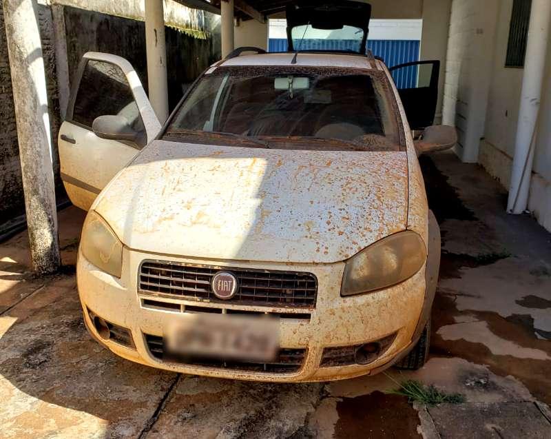 Veículo havia sido furtado (Foto: PMMG/Divulgação)