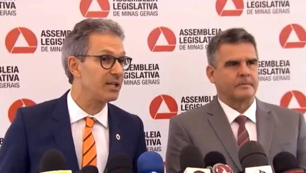 (Esq) Romeu Zema e Paulo Brant durante posse em 2019 (Foto: Arquivo Tudo Em Dia)