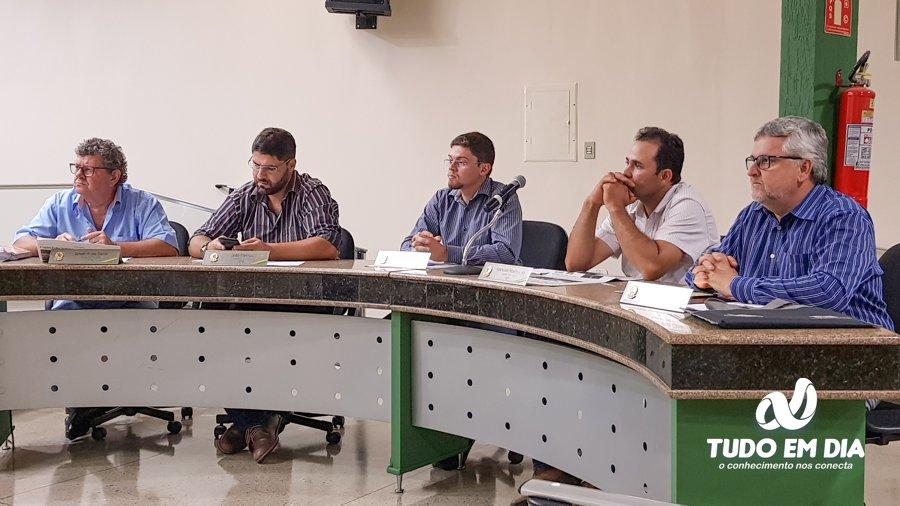 (Esq) Gilvan Gama, João Makhoul, Daniel França, Aparecido Ribeiro e Bernaldo E. Cabral (Foto: Paulo Braga/Tudo Em Dia)