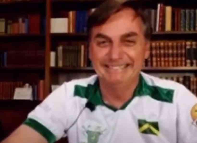 Jair Bolsonaro durante entrevista | Foto: Reprodução