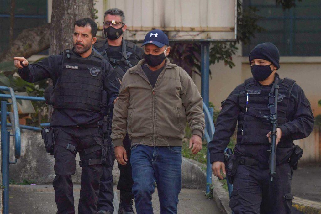 Fabrício Queiroz é preso em Atibaia
