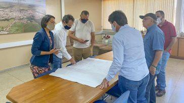 Comitiva esteve na Prefeitura Municipal de Capinópolis | Foto: Divulgação