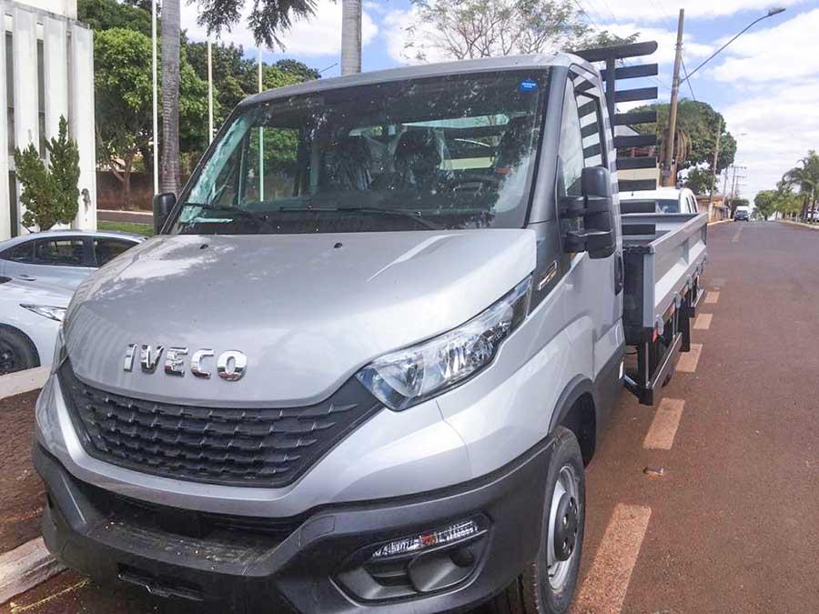 Caminhão Iveco destinado à horta municipal de Capinópolis | Divulgação