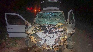 Veículo era conduzido por um idoso de 62 anos, que não resistiu aos ferimentos e morreu na unidade de atendimento médico | PMR/Divulgação