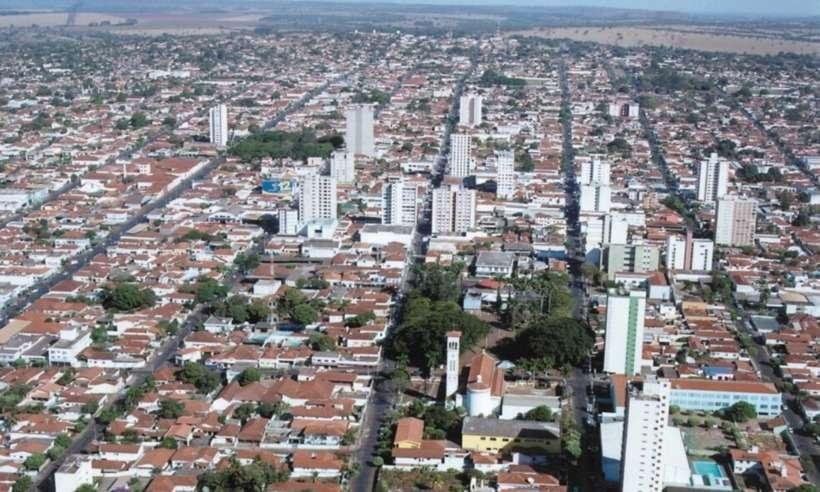 Comércio em Ituiutaba não poderá funcionar aos domingos (foto: Reprodução/Wikipedia)