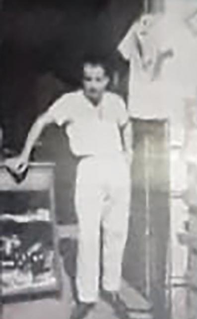 Naouphal Farid no início da carreira como comerciante em Capinópolis  Foto: Arquivo pessoal familiar