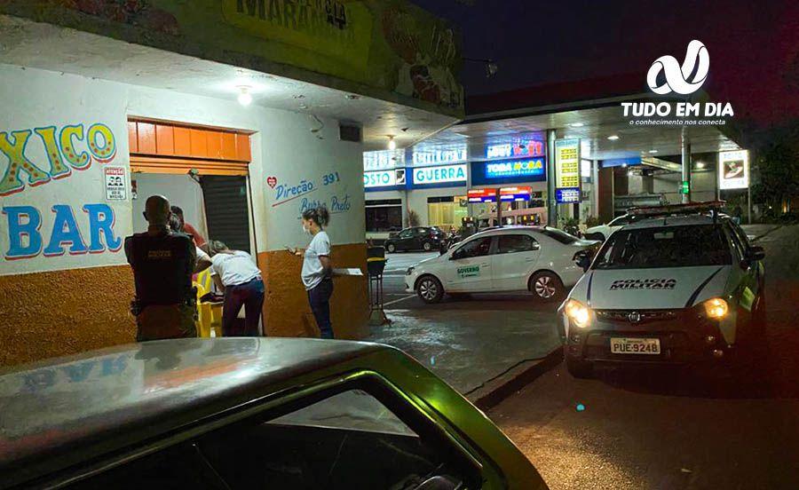 Donos de bares foram abordados, orientados e alguns, autuados