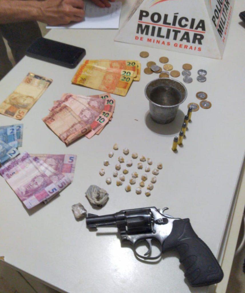 Material foi apreendido em duas ações da PMMG no Novo Horizonte | Foto: PMMG/Divulgação
